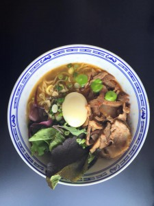 roast pork and spring onion ramen